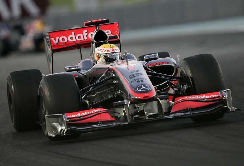 F1の世界観を宿す、疾走感あふれるレーシ…