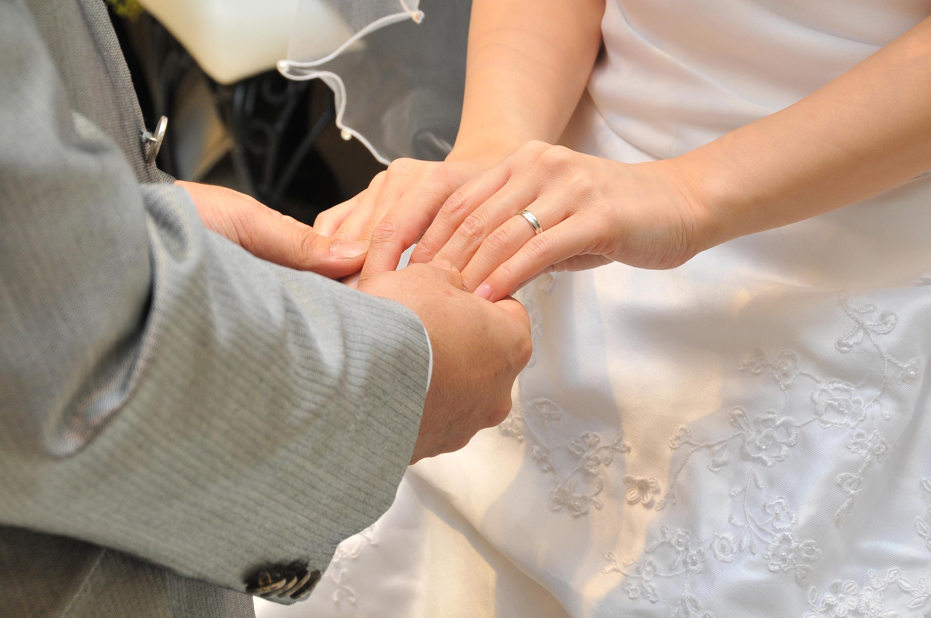 【静岡市・浜松市】婚約指輪と結婚指輪はもう用意した?✨👰結婚式にまつわる素敵な言い伝え💒