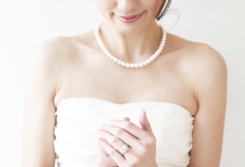 【浜松市】女性のためのジュエリー情報サイトJewelryStory(ジュエリーストーリー)編集部が提案 ♡ 結婚準備に必要な3つのもの「婚約指輪」・「結婚指輪」・「花嫁真珠」