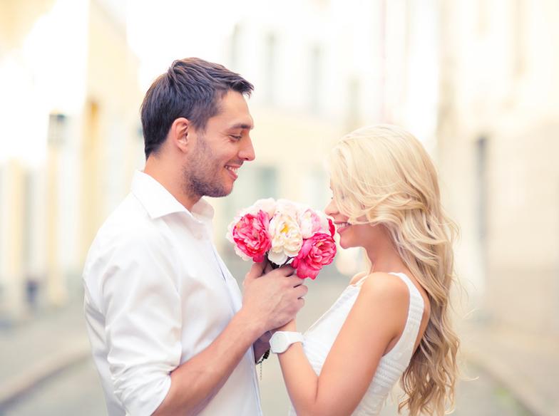 【富士市】結婚指輪探し始めたおふたりへ♡バラに隠された想い【ブーケ&ブートニアの物語】