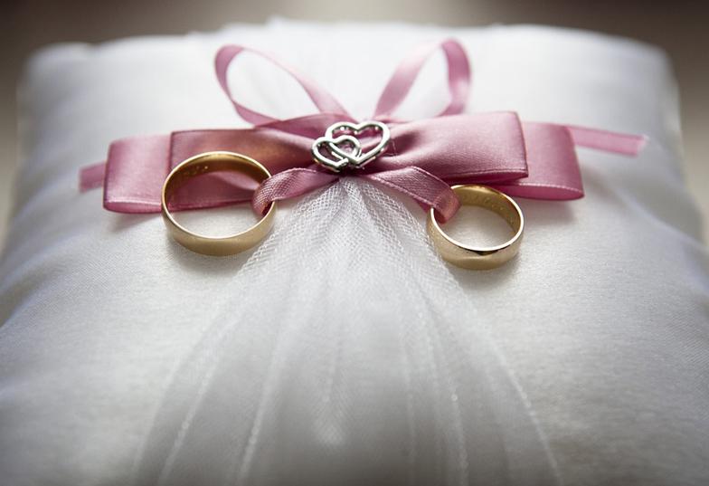 【静岡】結婚式で使うリングピローとは?
