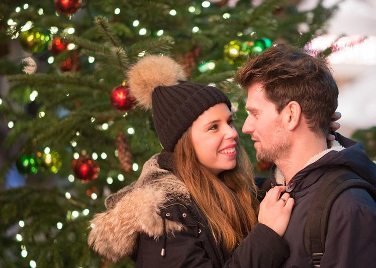 【富士市,富士宮市】クリスマスにプロポーズ♡ロマンティックに婚約指輪を渡そう!
