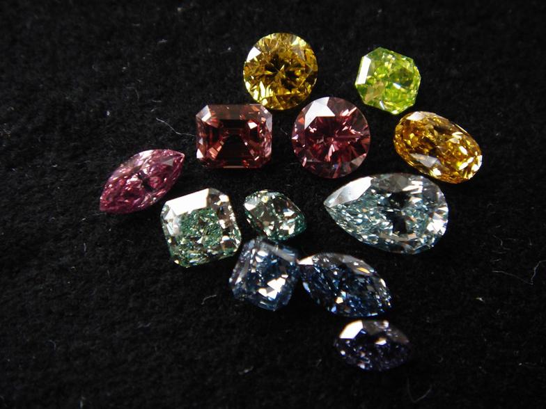 【静岡】カラーダイヤモンドは何種類あるの?