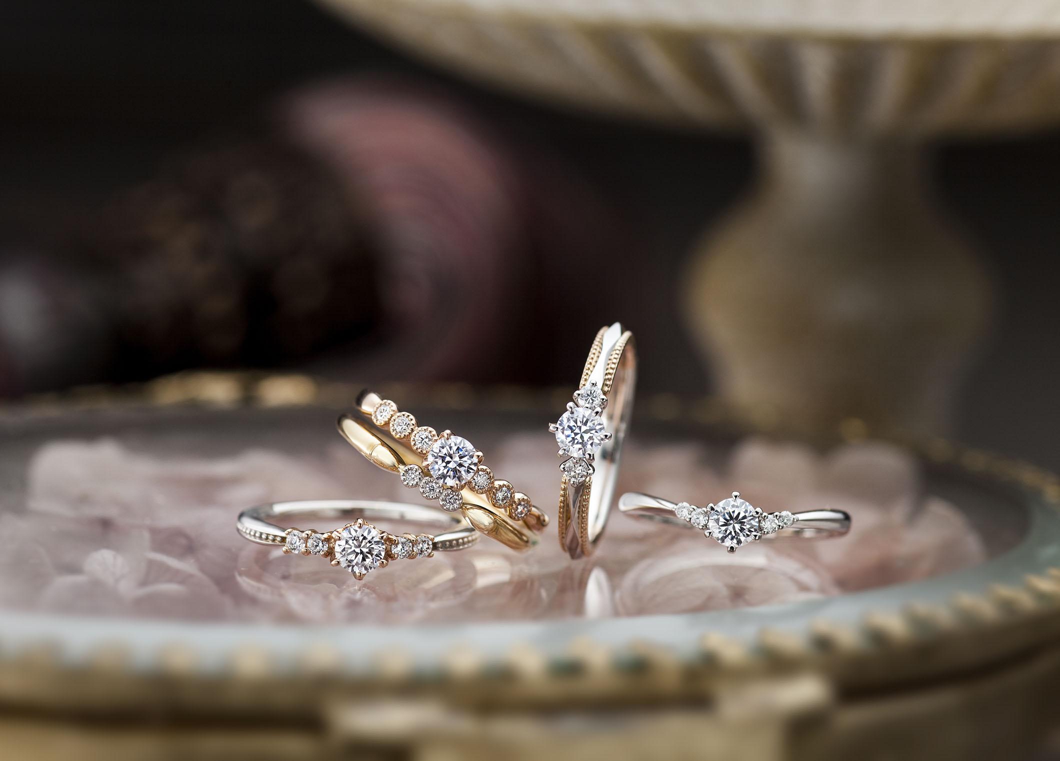 【静岡市】アンティーク調デザイン💍オシャレな彼女へ贈る人気の婚約指輪!