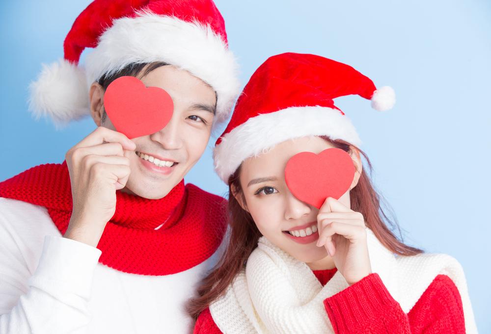 【静岡 婚約指輪】聖なる夜に誓うロマンチックなクリスマスプロポーズ♡