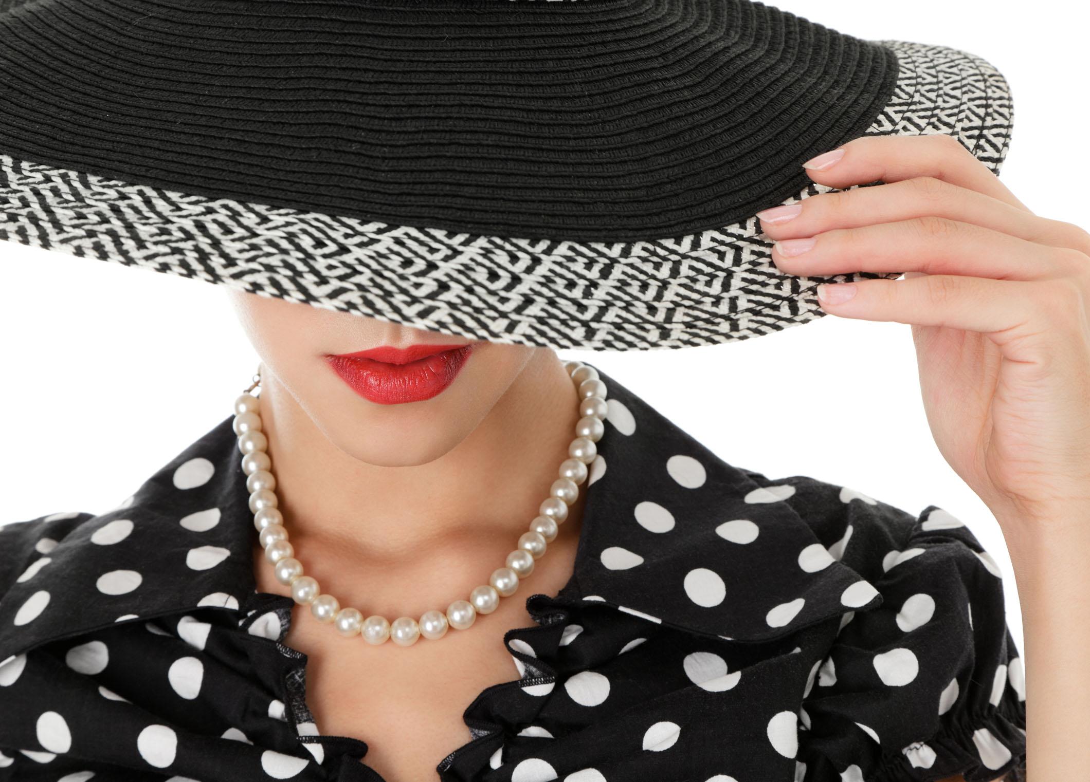 【静岡市】いつ、どこでつける?真珠の色とシーン別使い方