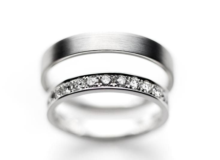 【富士市】プレ花嫁必見!婚約指輪・結婚指輪で悩んだら話題の人気デザイン「エタニティリング」がおすすめ♡
