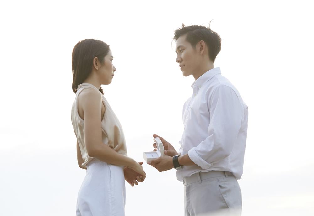 【静岡市】婚約指輪は着けないからいらない?そんな女性が喜ぶ人気の「エタニティリング」を婚約指輪として贈ろう!