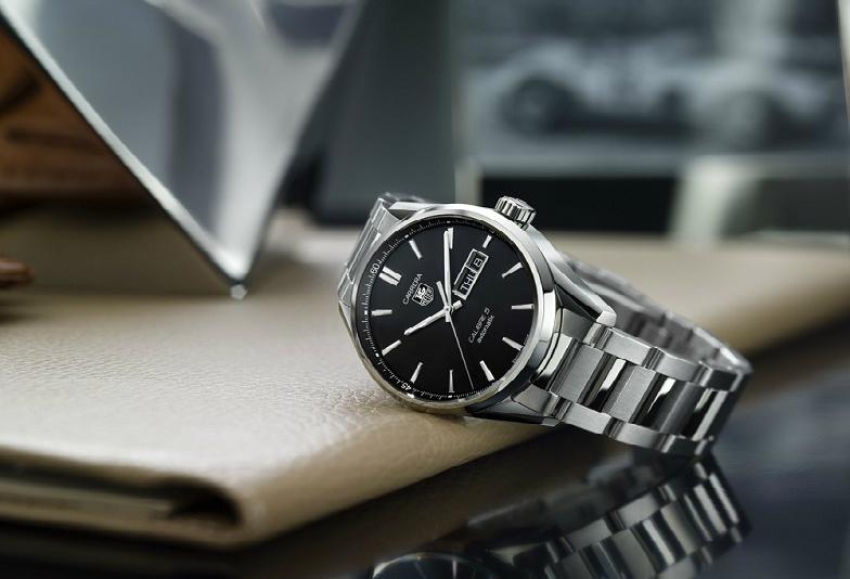 就活に腕時計って必要?就活生が知っておくべき腕時計事情