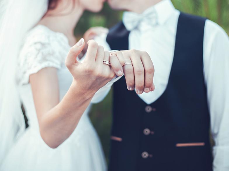 【静岡市・浜松市】プレ花嫁様必見♡ 結婚式で結婚指輪を目立たせちゃおう♡
