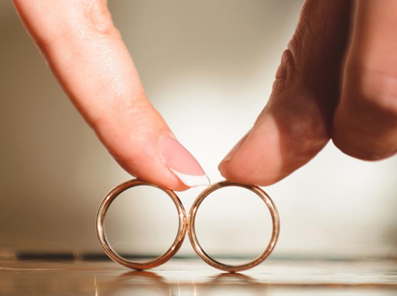 ブライダルリングの決め手の一つに!''結婚''にちなんだ指輪に込めたメッセージ♡【静岡市】