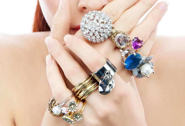 色を変える神秘の宝石!アレキサンドライト 静岡市宝石店