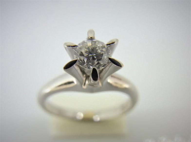 【神奈川県横浜市】譲り受けた婚約指輪。自分用にリフォーム出来るの?