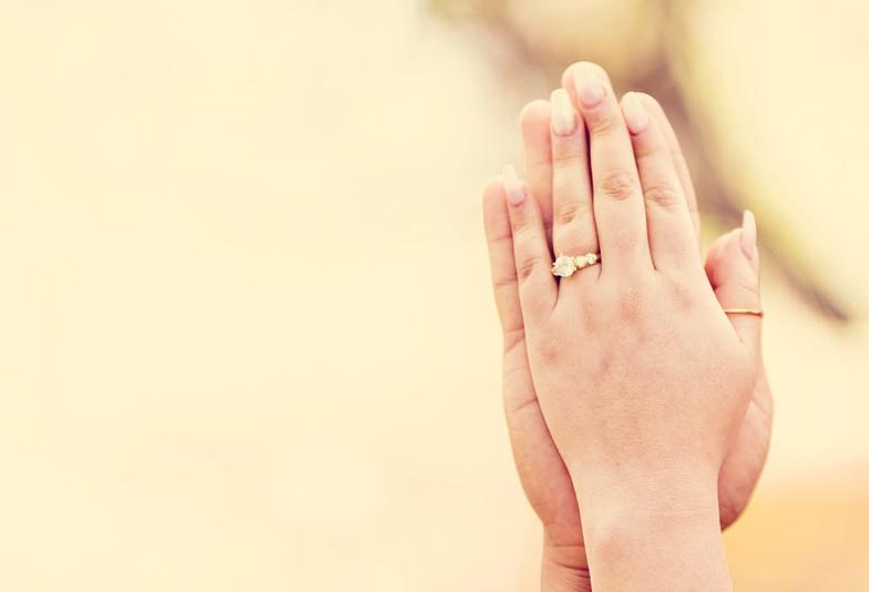 【静岡市】Q.結婚前に一番嬉しかったことは?A.プロポーズの瞬間に婚約指輪をもらった事!