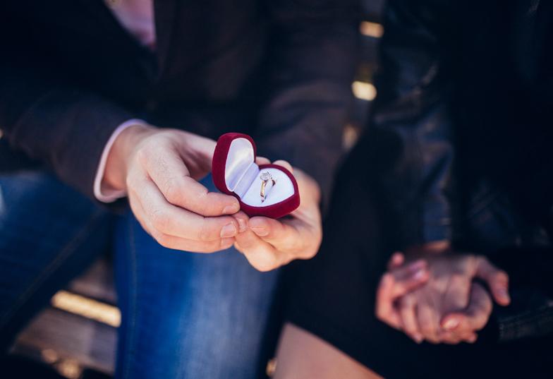 彼女はクリスマスにプロポーズを期待している!?がっかりさせない最高の1日に♡【静岡】