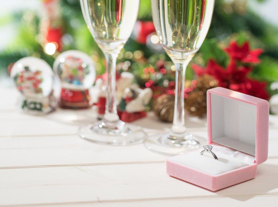 """【静岡市・沼津市】クリスマス""""結婚しよう""""を、思い出に残るプロポーズで伝えたい♡そもそも「プロポーズ」ってどんな意味?"""