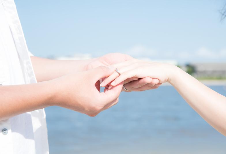 【福山市】「愛をロックする」女性に人気の婚約指輪・結婚指輪の重ね付けブランドってどこ??