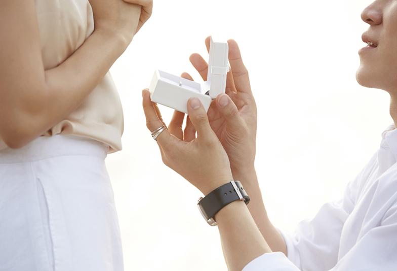 【浜松市】婚約指輪でプロポーズ!「憧れのシチュエーション」ランキングBEST3