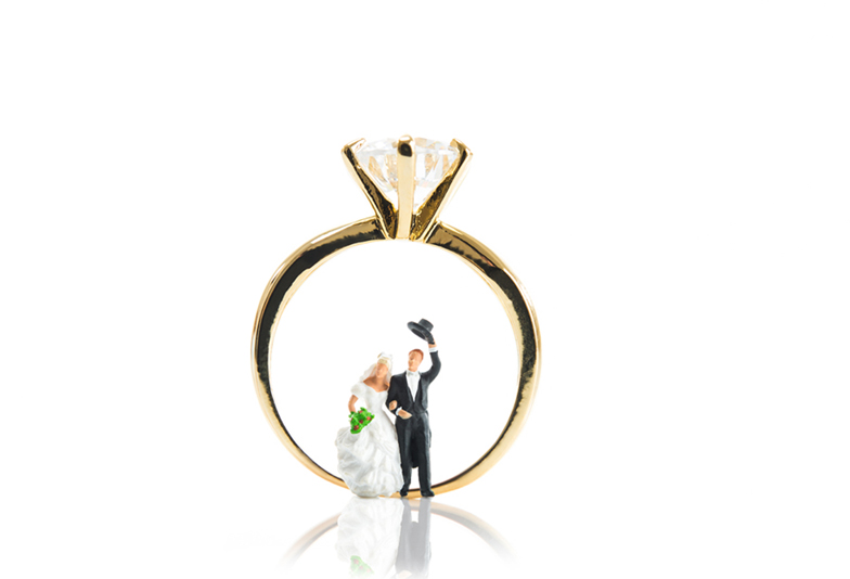【浜松】婚約指輪はもったいない?迷っているあなたに!プロポーズの必須アイテム『婚約指輪・ダイヤモンド』の失敗しない選び方