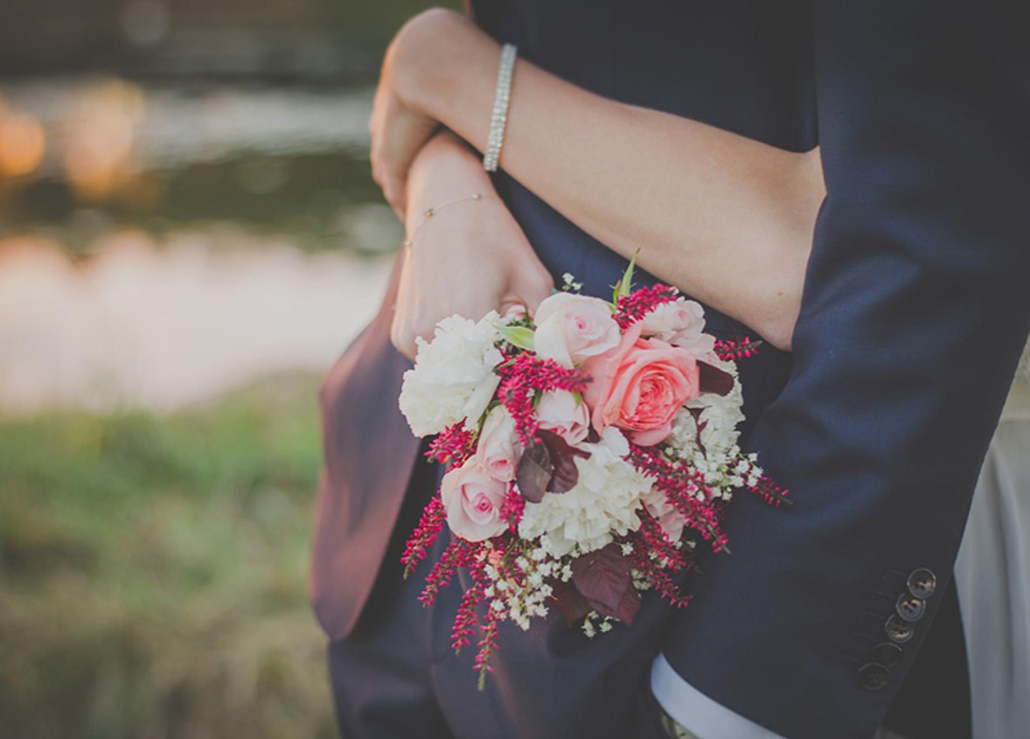 【静岡市】今年こそプロポーズ!どんなプロポーズしたらいい?婚約指輪はいつ用意する??