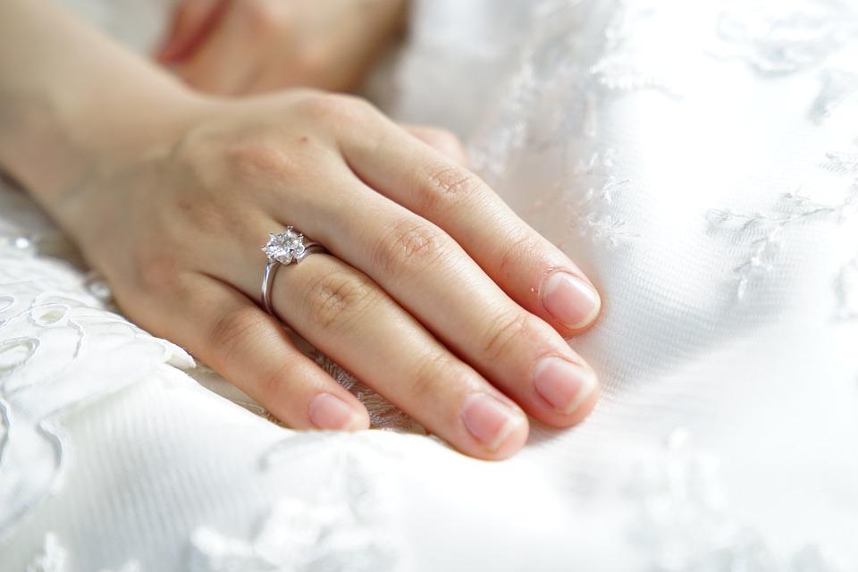 【静岡市】世界中が憧れるカッターズダイヤモンドで特別なプロポーズ!!