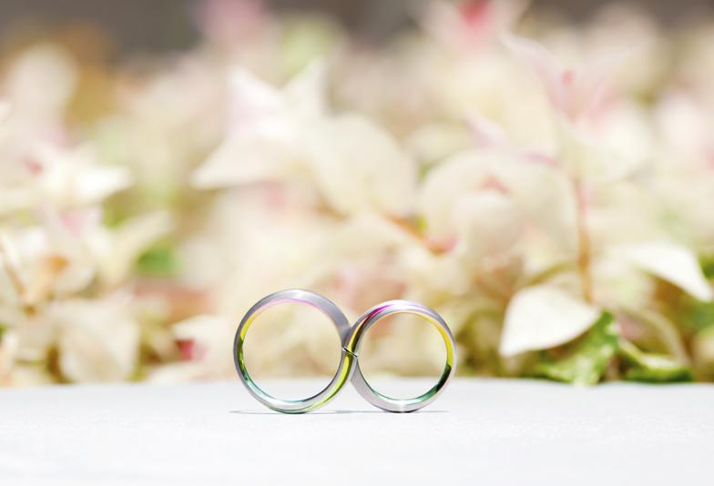 【豊橋市】色の付いた結婚指輪☆華やかなジルコニニウムカラーが魅力SORAの結婚指輪