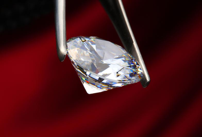 【福井市】ダイヤモンドの4Cって何??