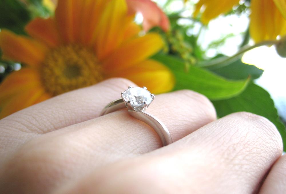 静岡でシンプルな婚約指輪を探すならどこのお店がおすすめ??