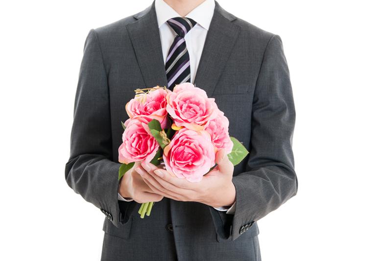【浜松】プロポーズプレゼントにネックレス?婚約記念品にダイヤモンドネックレスが人気の理由 選ぶなら断然「専門店」がおススメ