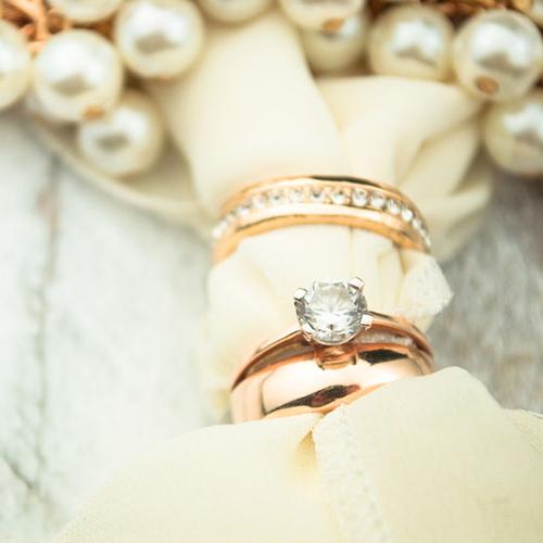 婚約指輪と結婚指輪の重ねづけがカワイイ♡【久留米市】