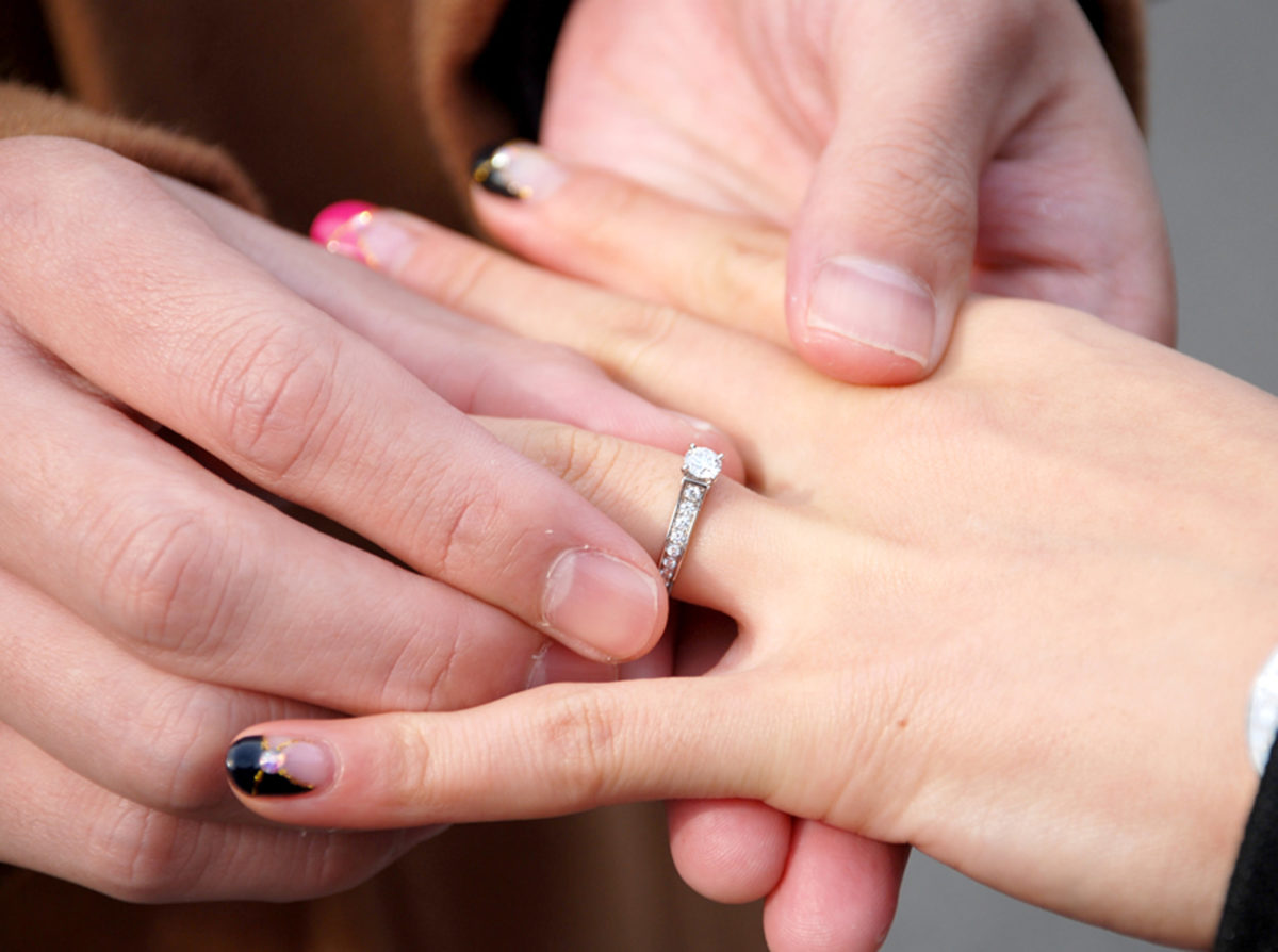 【静岡市】結婚の決意を送る!婚約指輪を贈る男性へ。プロポーズのお手伝いをしてくれるジュエリーショップ