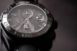 【静岡タグホイヤー】ベゼルだけでイメージがかわるタグホイヤーの腕時計