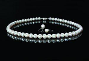 【静岡市】真珠の輝きを長持ちさせる為に必要なこと