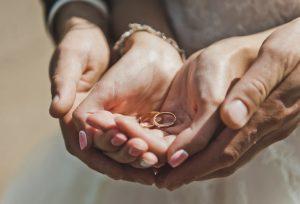 少し変えるだけで人とは違う結婚指輪が出来るんです【福岡県久留米市】