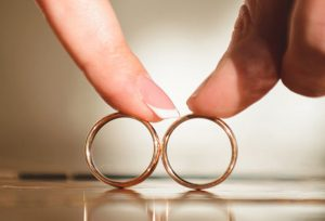 結婚指輪はオーダーメイドで作る時代♡シンプルでも世界に1つ2人だけの特別なリングが作れちゃう!【浜松市】