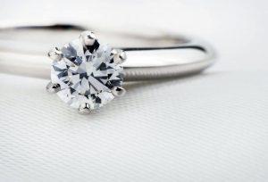 【静岡市】婚約指輪のダイヤモンド選びはブライダル専門店におまかせください!
