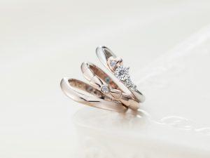 【静岡市】かわいい指輪探し。りぼんデザインの婚約指輪・結婚指輪ならこのお店!