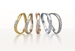【浜松市】リーズナブルで縁起が良い結婚指輪「8オクターブ」