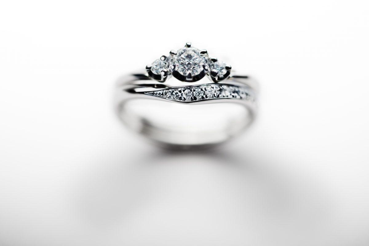 【静岡市】婚約指輪&結婚指輪はオシャレにしたい!シーンに合わせてコーディネート出来る♡重ねづけ