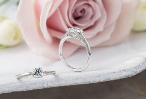 【浜松】婚約指輪と結婚指輪が二つで一つに感じるゼットリングにしませんか?