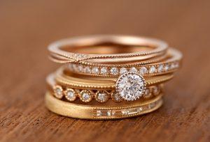とにかくキラキラの婚約指輪が着けたい!メレダイヤモンドも輝くキラキラ好きな女子の為のエンゲージリング【静岡市】