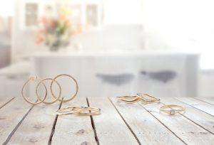 【浜松】10万円以下の可愛いお洒落な「LIFE」婚約指輪・結婚指輪