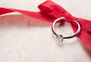 ご予算10万円?!でも立派な婚約指輪が贈れちゃう♪【久留米市】
