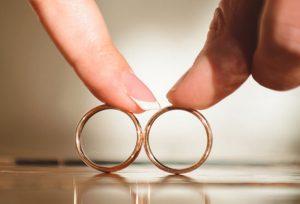 【浜松市】人と違う結婚指輪がいい人におススメの結婚指輪