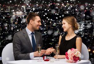 今から準備!クリスマスのプロポーズに間に合う婚約指輪☆【久留米市】