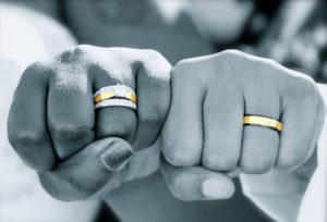 【静岡市】結婚指輪にダイヤモンド入れてる?入れない?