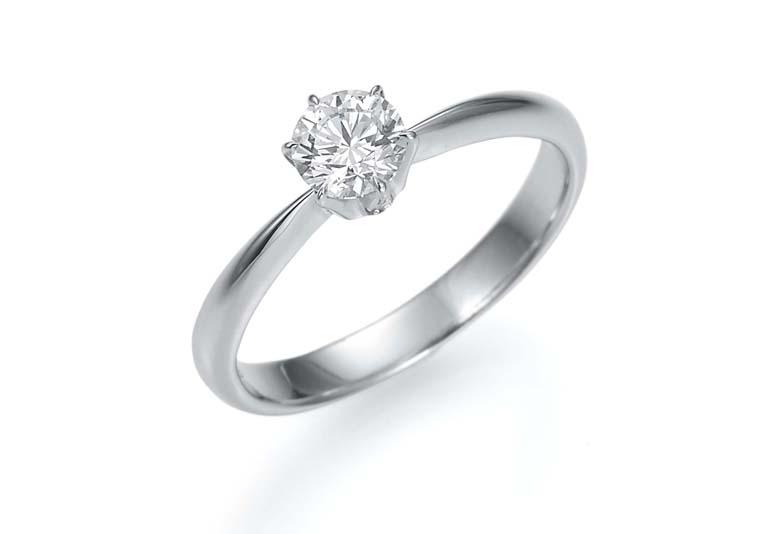 【2018年】婚約指輪(エンゲージリング)の平均相場はどのくらい?地元で徹底調査!