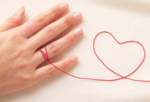 豊橋市で探すアレルギーをお持ちの方のためのアレルギーフリーの結婚指輪