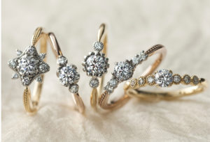 【富山市】とにかくキラキラの婚約指輪が着けたい!メレダイヤモンドも輝くキラキラ好きな女子の為のエンゲージリング♡
