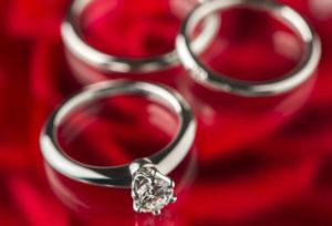 浜松で婚約指輪と結婚指輪をお得に買える!2018年限定のウェディングプランとは?